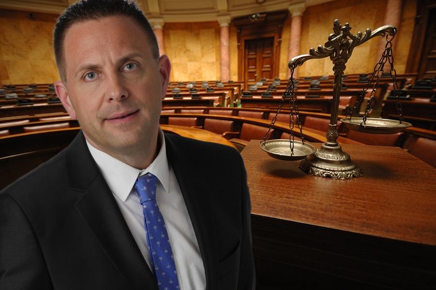 Rechtsanwalt Dr. Christian Kotz - Fachanwalt Verkehrsrecht und Versicherungsrecht